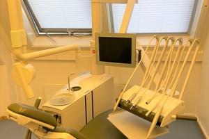 Hel tannklinikk med utstyr
